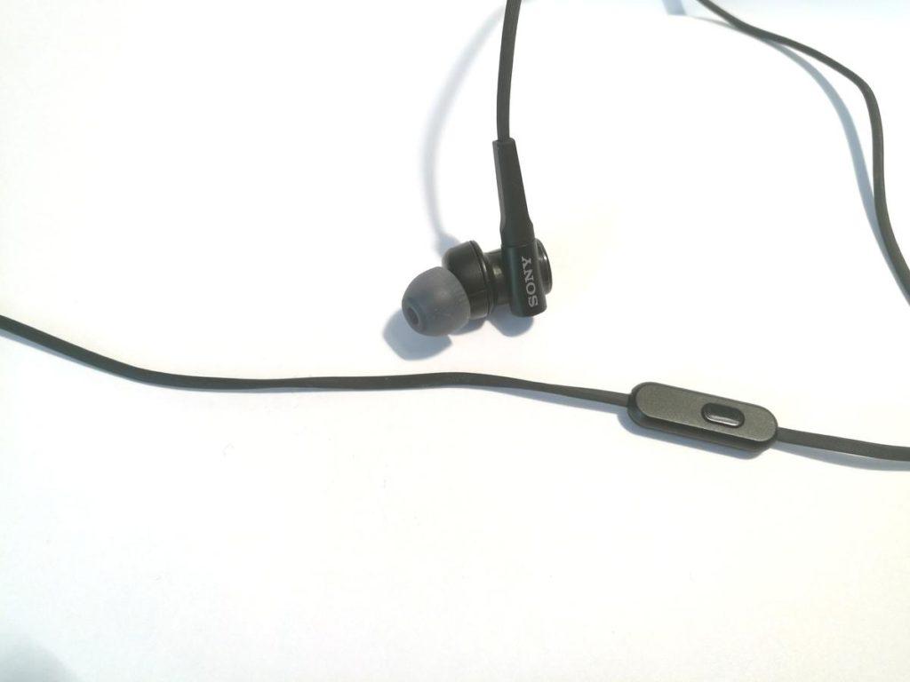Sony-MDR-XB50AP-1-150x150
