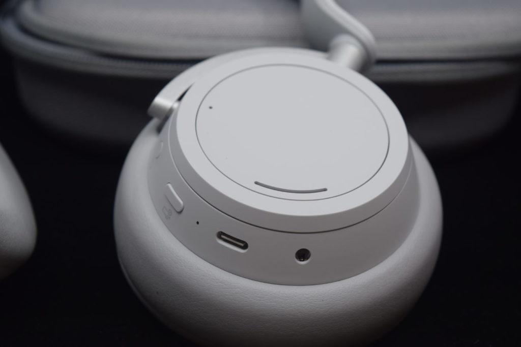 test-surface-headphones-2-1024x683